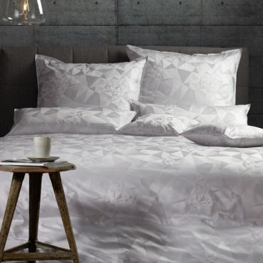 """Комплект постельного белья """" Tara"""", белый, дамаст, евростандарт"""